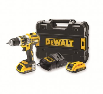 DeWalt drill DCD737D2 2 batteries and 1 charger