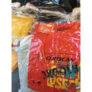 80.000 pieces of branded clothes 1.25 € Oxbow, O'Neill, Quicksilver etc