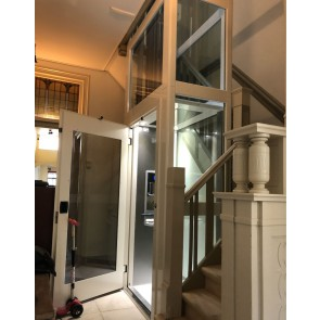 ThyssenKrupp passenger lift almost new Now € 7500