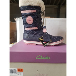 6470 PAIRS of BOOTS TOP BRANDS AS CLARKS & TAMARIS TAKE ALL €7,-